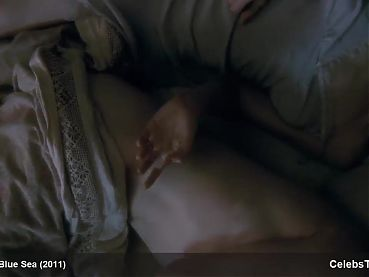 Rachel Weisz, nude sex in one scene and sexy in another